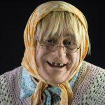 Celebrando el Día del Jubilado con humor: «Doña Jovita»