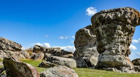 Turismo – Itá Pucú, la piedra larga